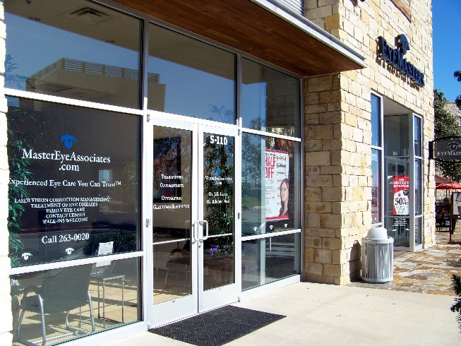Optometrist_Office_LakewayBee_Cave_Hill_Country_Galleria_website_angled.jpg